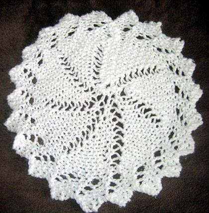 Lace Knitting Patterns In The Round : Easy Patterns to Knit for Mother s Day Gifts